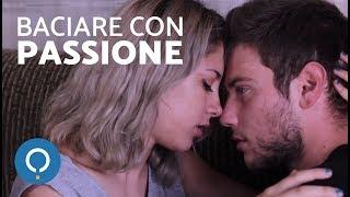 Bacio appassionato con la lingua - Educazione sessuale video