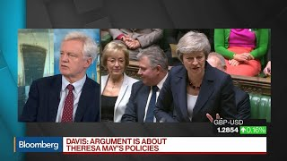 U.K.'s Davis Chooses 'No Deal' Over May's Brexit Agreement