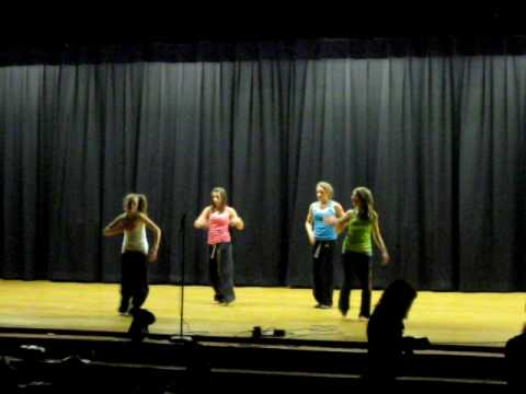 4 girls dance at Windsor Middle School PACK THE HOUSE NIGHT