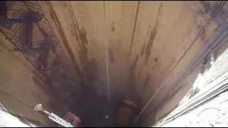 مشهد رهيب فى قناة السويس الجديدة : الهبوط الى 120متر تحت سطح الارض