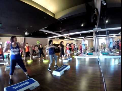zumba steps  VIVE Y BAILA  by John  (Fitness spa studio)