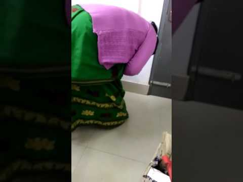 women thief caught in vishal mega mart (sivasagar) Assam