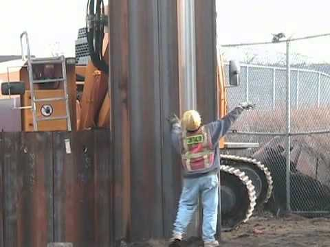 D Class 2 Video 1 111109 Driving Steel Sheet Piling