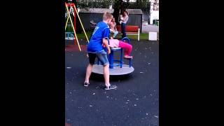 Вестибулярный аппарат.(Дочь, 7 лет., 2014-08-19T16:45:58.000Z)