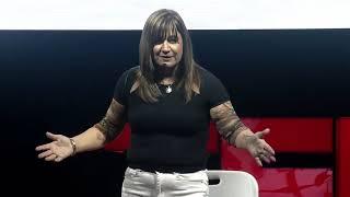 ¿Qué ves cuando me ves? | María Virginia Catalán | TEDxPuraVidaED