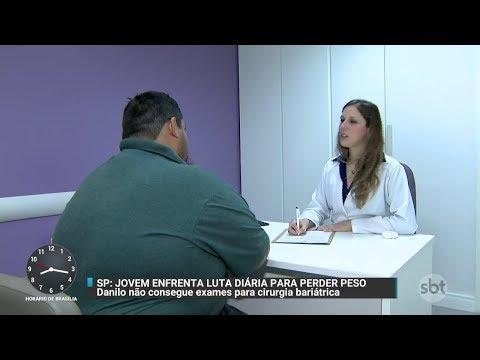 Jovem luta para conseguir cirurgia bariátrica e superar obesidade | Primeiro Impacto (31/10/17)