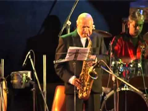 Rah pe rehte hai - manohari singh on alto saxophone mp3