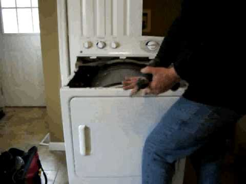 Cleaning A Dryer Vent And Lint Trap Youtube