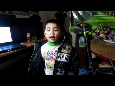 bài thơ Giúp Bà. Bé Tuấn Minh 4 tuổi.MOV