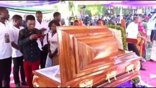 Kuagwa Kwa Akwilina Majonzi, Vilio Vyatawala