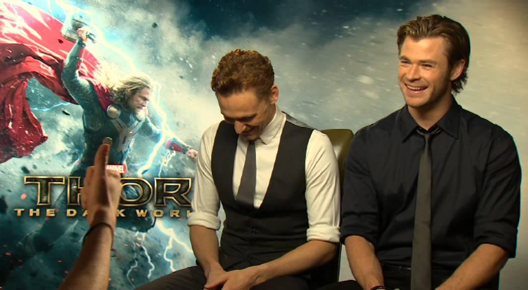 Chris Hemsworth and Tom Hiddleston Talk Natalie Portman's Punch!