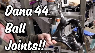 3.24 - Ball Joints and Knuckles - Dana 44 - Part 6 of Gears and Axles