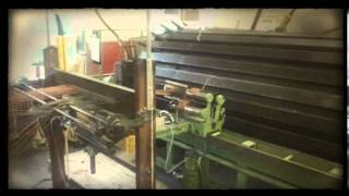 The weaving process at Cambrian Woollen Mill (video courtesy of Megan Nisbet)