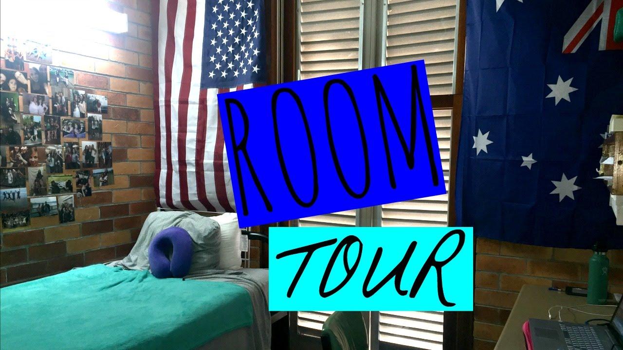 UNIVERSITY HALL ROOM TOUR