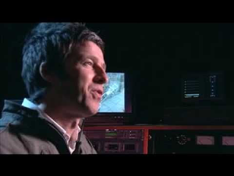 Noel talks about new album 'Time Flies... 1994-2009'