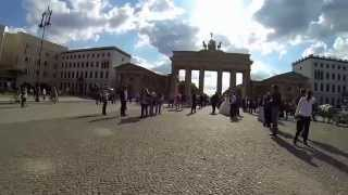 Berlin: Brandenburger Tor Brandenburg Gate Tour 06 2014