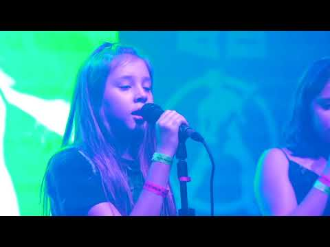 ANOTHER BRICK IN THE WALL - PINK FLOYD (COVER) ROCK KIDS