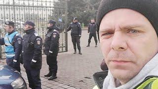 Jandarmeria iar apară hotia. Protest blocat abuziv: Parlamentul e declarat unitate militară