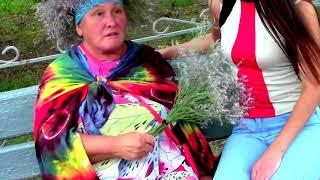 2. Крым. Коктебель. Бабка- местная знаменитость. Сентябрь, 2017 г.
