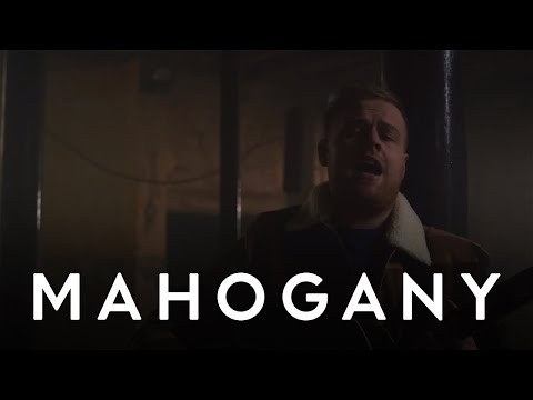 Tom Walker - Just You and I | Mahogany Session