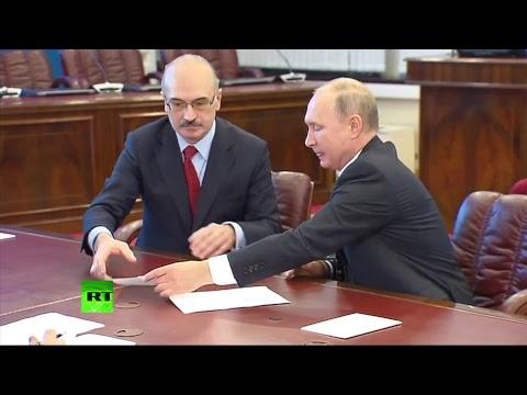 Путин подаёт документы