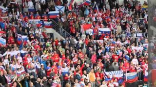 Исполнение гимна России болельщиками после матча с США