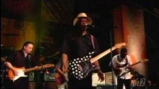 Sweet Home Chicago - Buddy Guy (Crossroads Guitar Festival 2004)