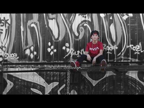 Justin Bieber - Boyfriend cover by Hayden Summerall