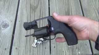 S&W 642 vs. S&W bodyguard. Two great .38 special revolvers!