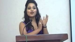 Anchor Aisha Ghani 2682 compering for 'Corporate Seminar' for Webspecia 360p
