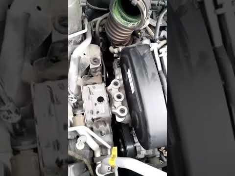 Замена правой опоры двигателя Т-300 Шеви Соник 2012-14г.