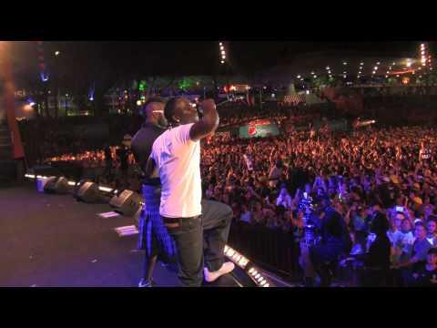 Akon Live in Salvador Brazil 26Jan 2010.mov
