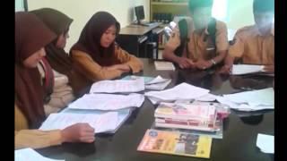 Drama bahasa inggris SMK KESEHATAN BORNE...
