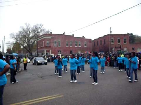 VSU Homecoming Parade 2009 J E J Moore Middle School Steppers