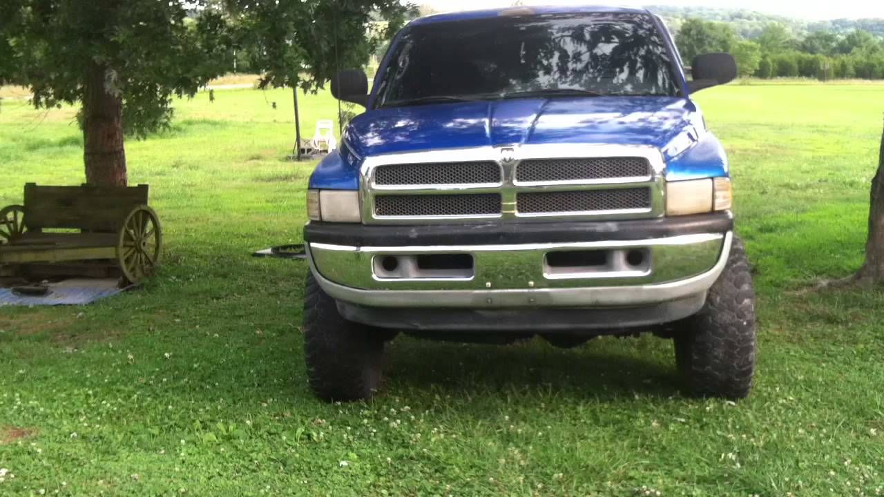 small resolution of 1998 dodge ram lifted 9in on 35x12 50r15 with the 318 v8