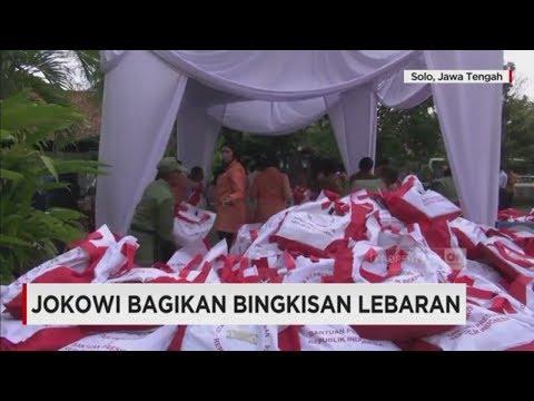 Mudik 2017, Jokowi Bagi Bingkisan Lebaran di Solo