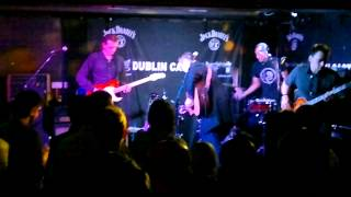 Run Devil Run (UK) - Cat Fight (Live at The Dublin Castle)