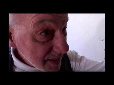 Halvhjärtad Dubbning - Cykelreparatörsman (Bicycle Repair Man)