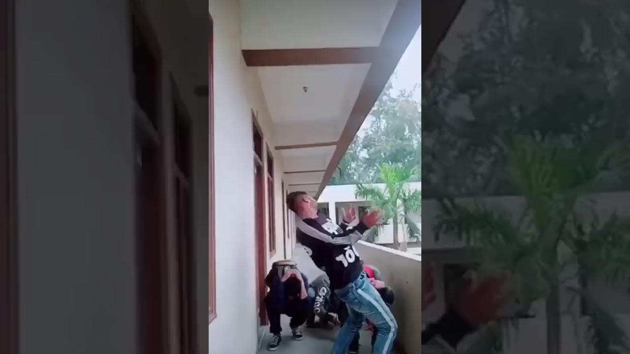 Erschrecken Video Clips