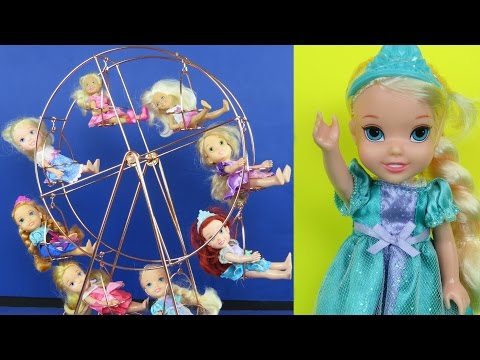 FERRIS WHEEL! ELSA & ANNA toddlers at FAIR! Amusement Park, Cotton Candy!