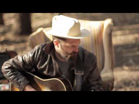 Jeffrey Foucault  Everybodys Famous The Living Room Sessions