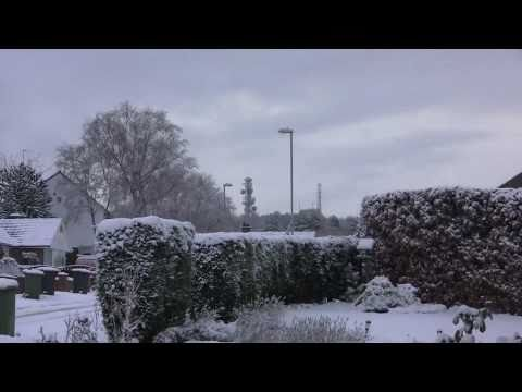 November Early Snowfall in Cookridge, Leeds, UK - 27th - 30th November, 2010