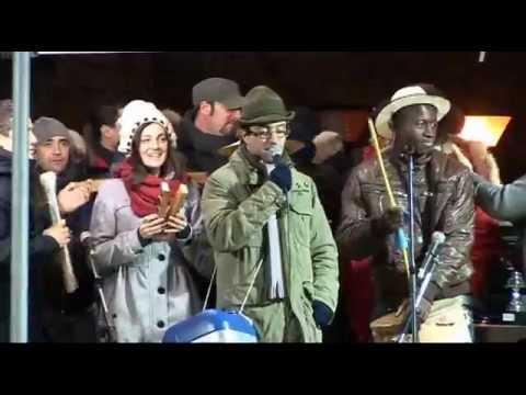 Gambatesa maitunat 1-1-2013 - canzone dedicata a zia Dina canta Marco Frosoli