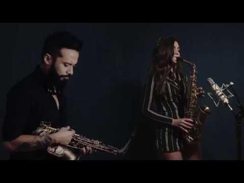 Killing me softly - Roberta Flack/Fugees (sax cover Alexandra & Graziatto)