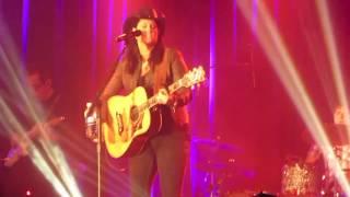 "Terri Clark ""Love Is A Rose"" Live in Calgary, AB, 3/16/13"
