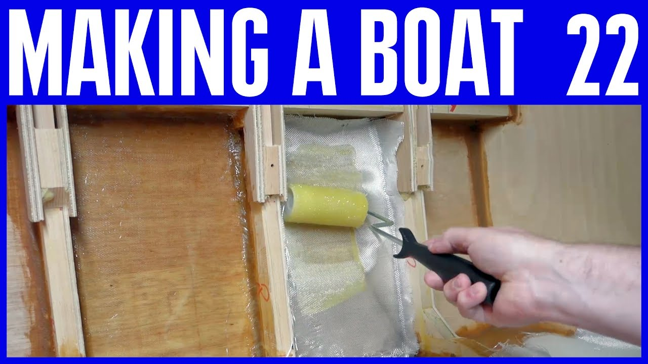 Epoxy Resin Fillets & Fiberglass with no gelcoat - How to Build a Small  Wooden Boat 22