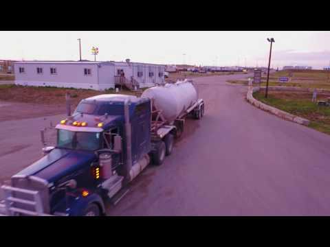 Oil Field Truckin / Mavic Pro Test Flight / Williston North Dakota/ Loves ❤️ Truck Stop ✋