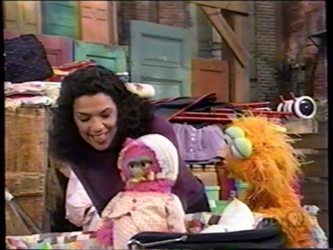 Sesame Street (#3828): Natasha's Hoongie