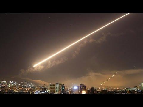 إسرائيل تعلن استهداف مواقع سورية رداً على صاروخ سقط بالقرب من منطقة نووية…  - نشر قبل 36 دقيقة