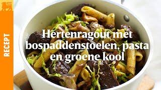 Hertenragout met bospaddenstoelen, pasta en groene kool
